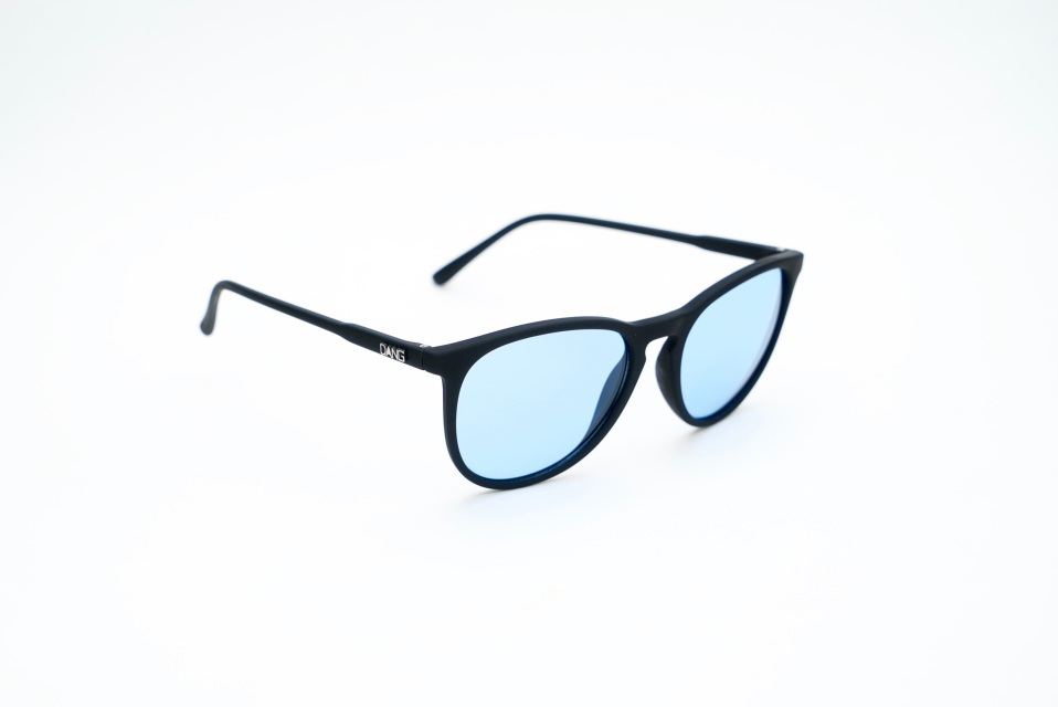 89eb8343f3e8 Fenton    Black X Clear Blue (Night rider lens)